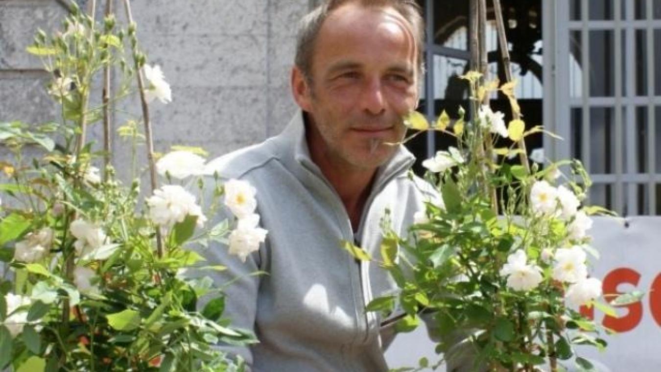 Parmi les 550 variétés de roses commercialisées en France, 77 sont issues des créations de Jean-Lin Lebrun et de sa femme.
