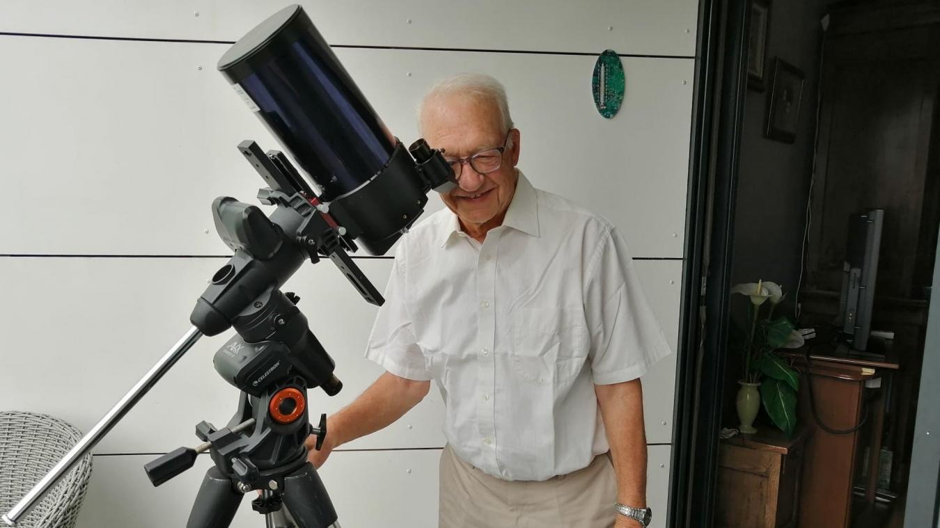 Yves Martin, Hazebrouckois et coprésident du club d'astronomie de Wormhout, garde les yeux rivés vers le ciel depuis plus de 50 ans.