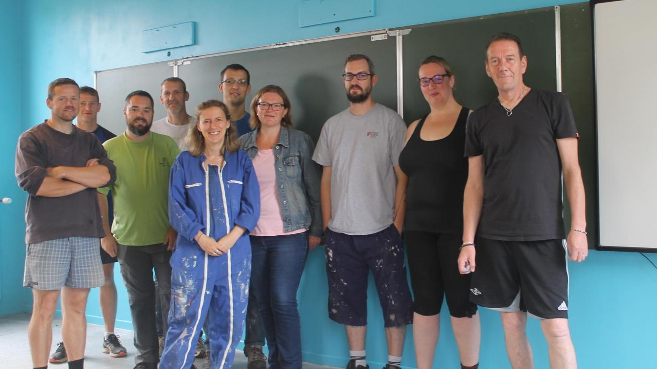 Les parents et enseignants bénévoles ont travaillé du 6 au 13 juillet pour transformer une des salles de l'établissement.