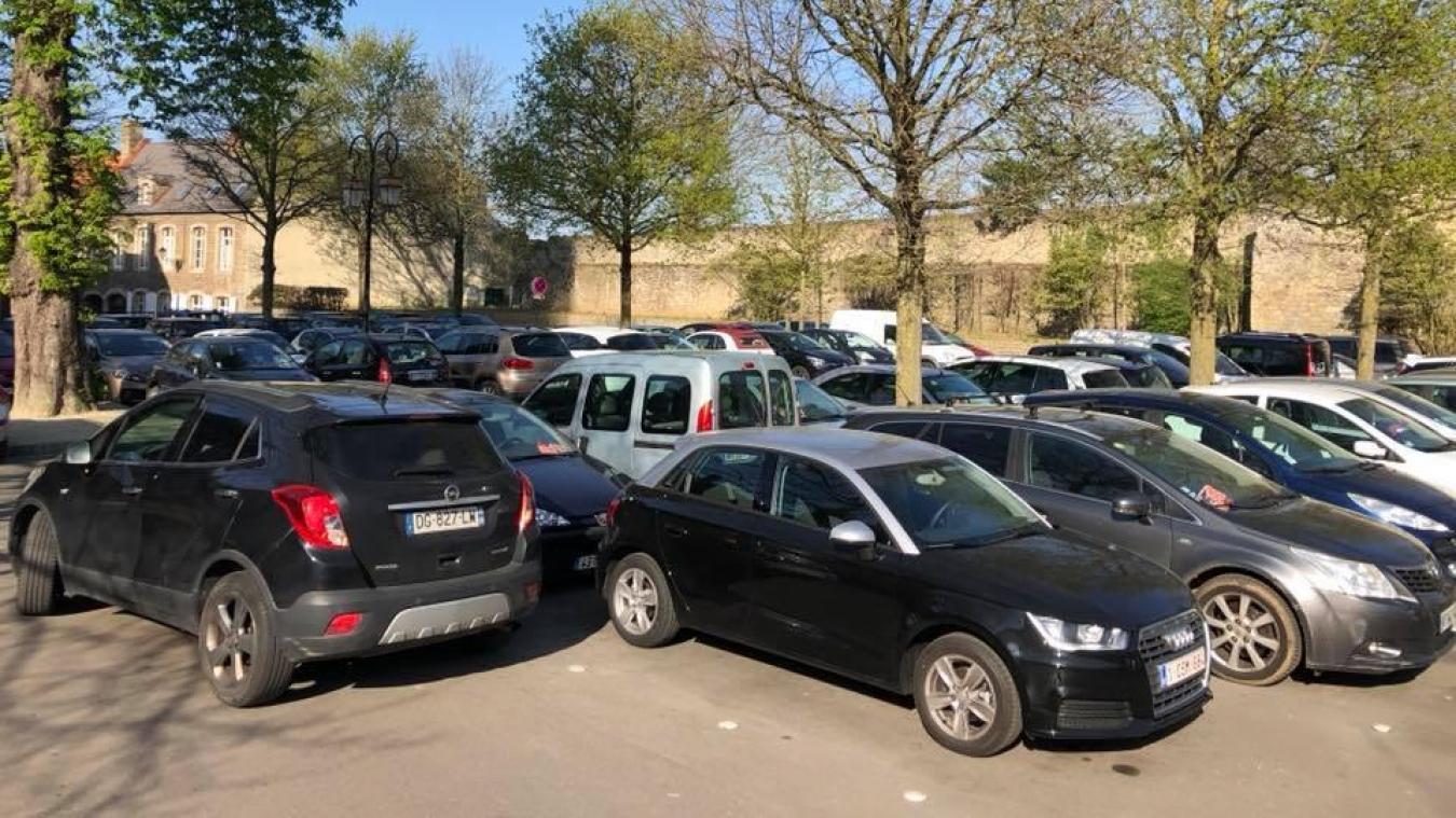 Attention, le parking de l'évêché sera interdit de stationnement, dès la veille, en début de soirée.