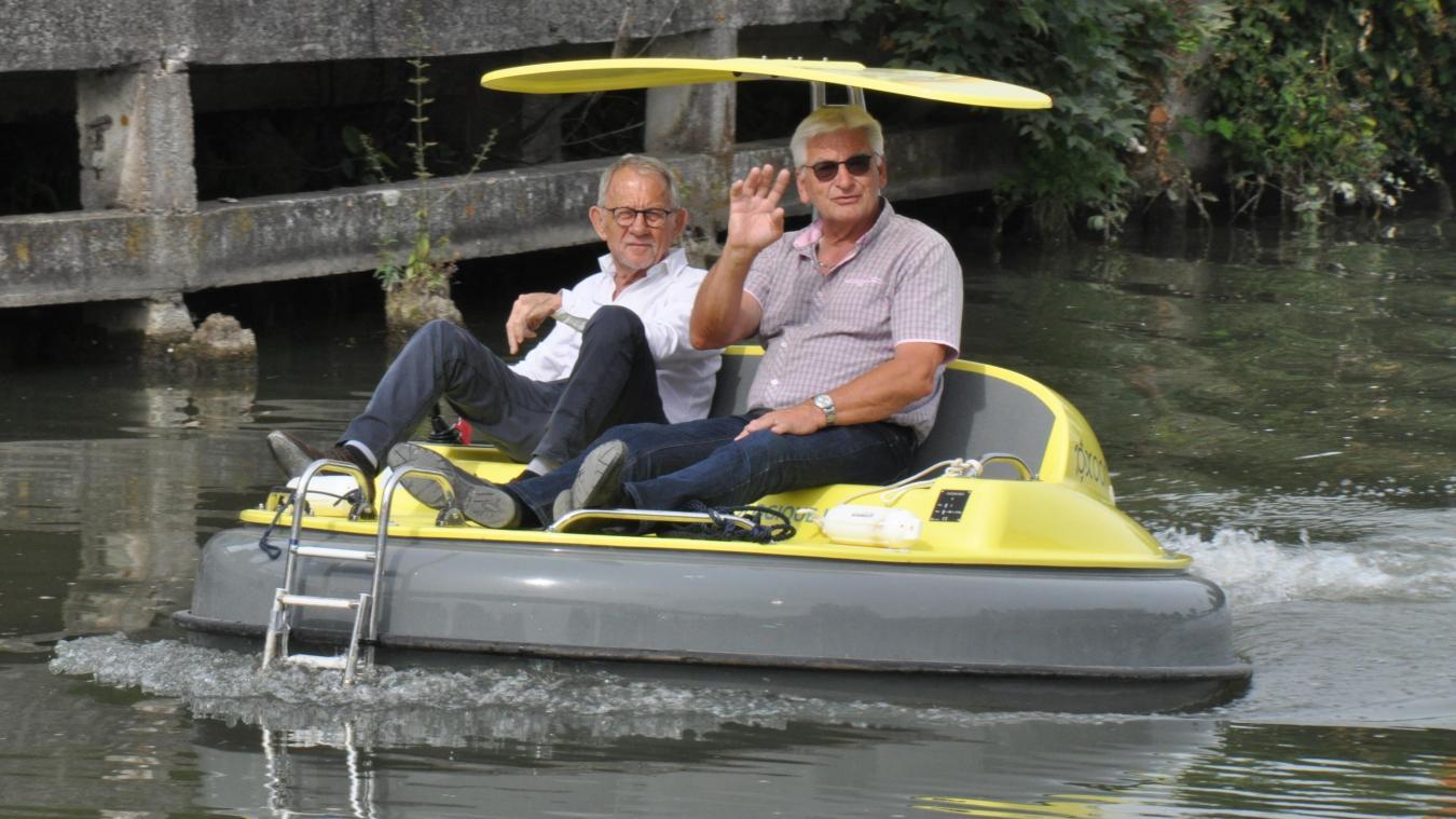 Les élus ont eux aussi testé le bateau Néolys.