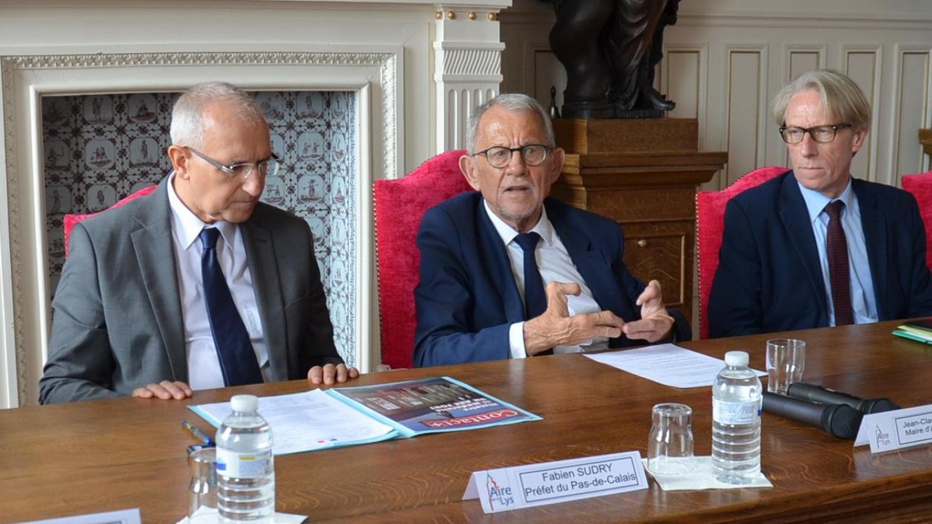 Le Préfet Fabien Sudry, le maire Jean-Claude Dissaux, et le sous-préfet Jean-Luc Blondel.
