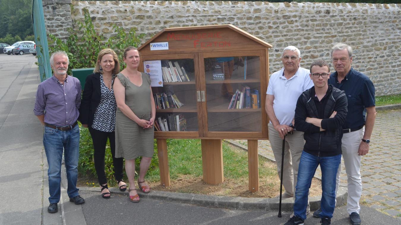 Les trois boîtes à livres ont été réalisées par la menuiserie wimilloise Ferton.