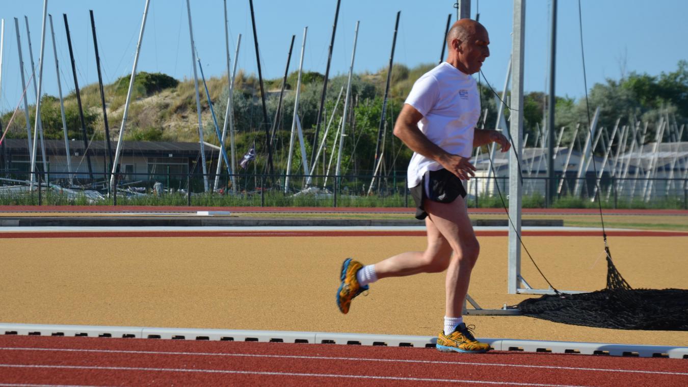 Les sportifs qui foulent la piste dunkerquoise évoquent une piste souple, qui rebondit beaucoup et absorbe les chocs.