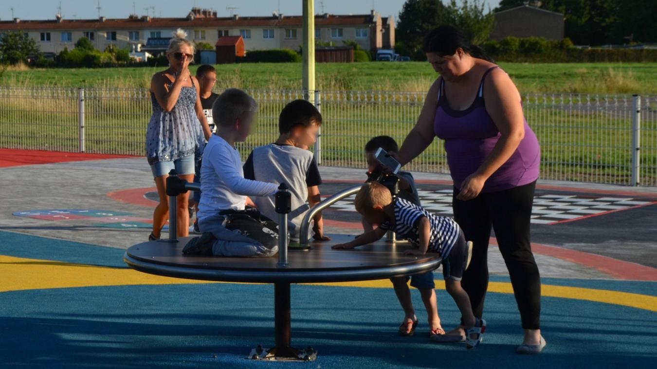 Des jeux ont été installés pour les enfants de 2 à 12 ans. D'autres aménagements doivent être réalisés.