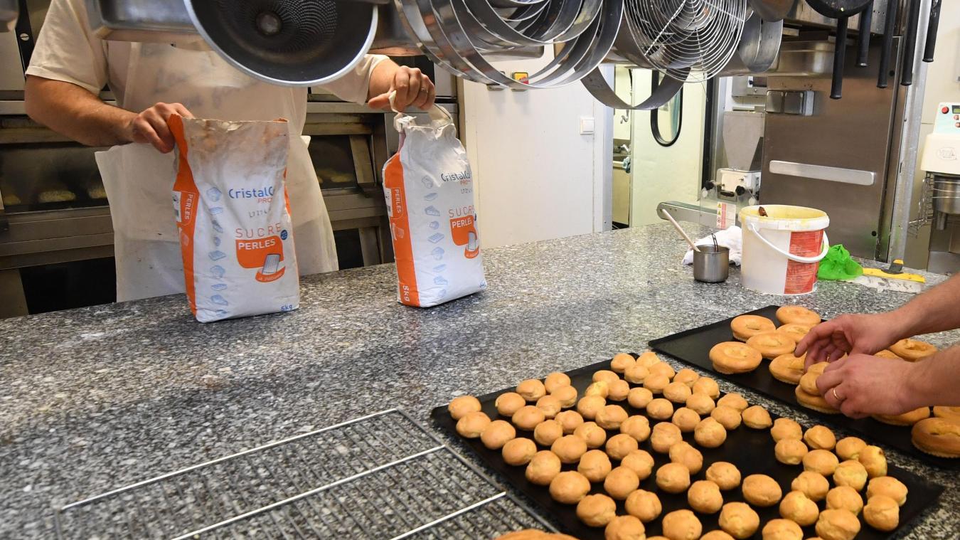 Si la pâtisserie airoise était la dernière à ne proposer que de la pâtisserie, les gourmands pourront se tourner vers les autres boulangers-pâtissiers airois pour satisfaire leurs envies sucrées.