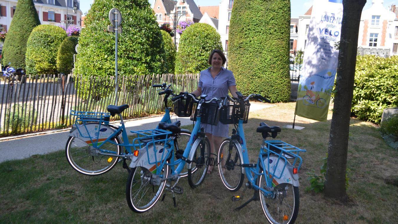 Cinq vélos peuvent être loués auprès de l'office de tourisme.