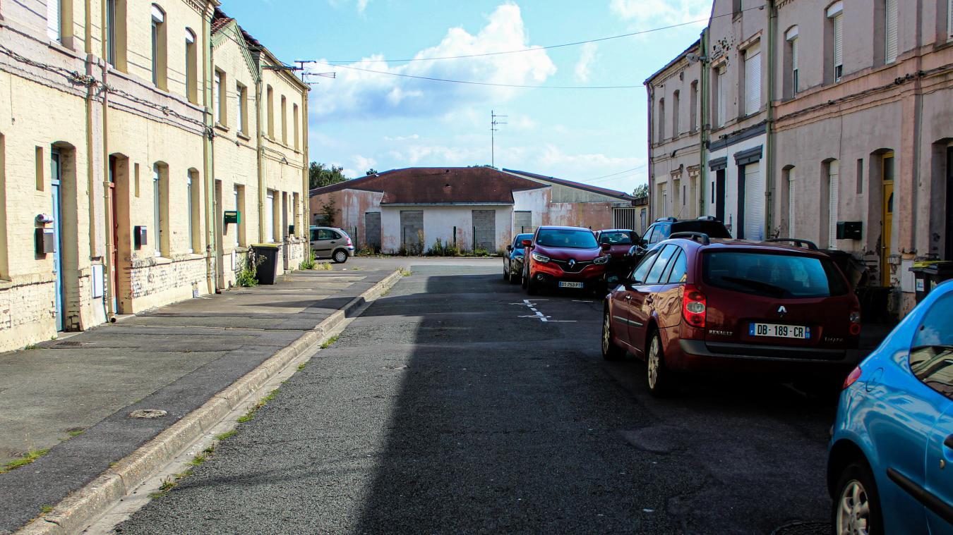 Construite en camembert, la Cité Angela-Davis était un héritage du patrimoine minier.