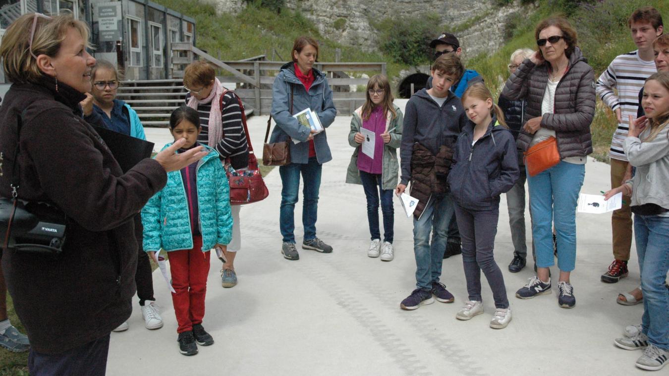 Caroline Albert, guide, a emmené les visiteurs pour une découverte pédagogique de l'énigmatique Mimoyecques.