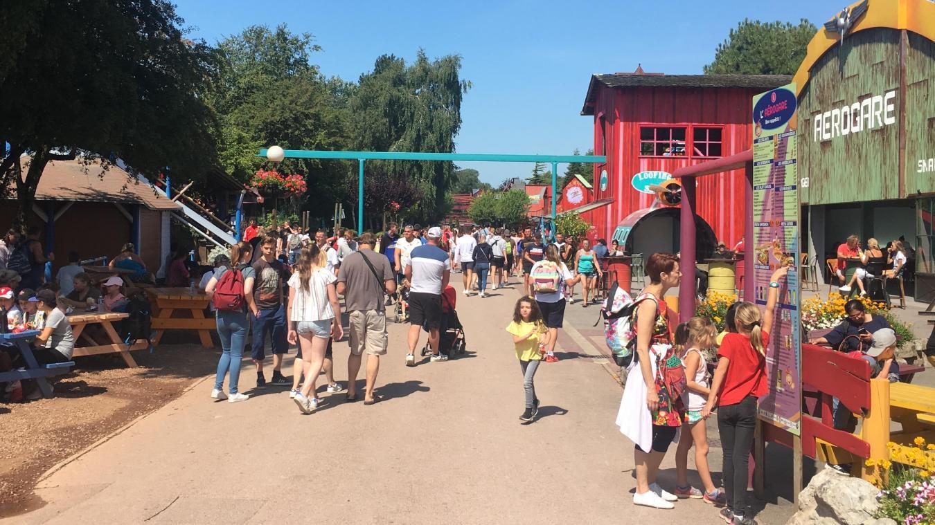 Devant l'affluence importante ce jeudi 8 août, le parc Bagatelle fermera exceptionnellement ses portes cà 20 heures.