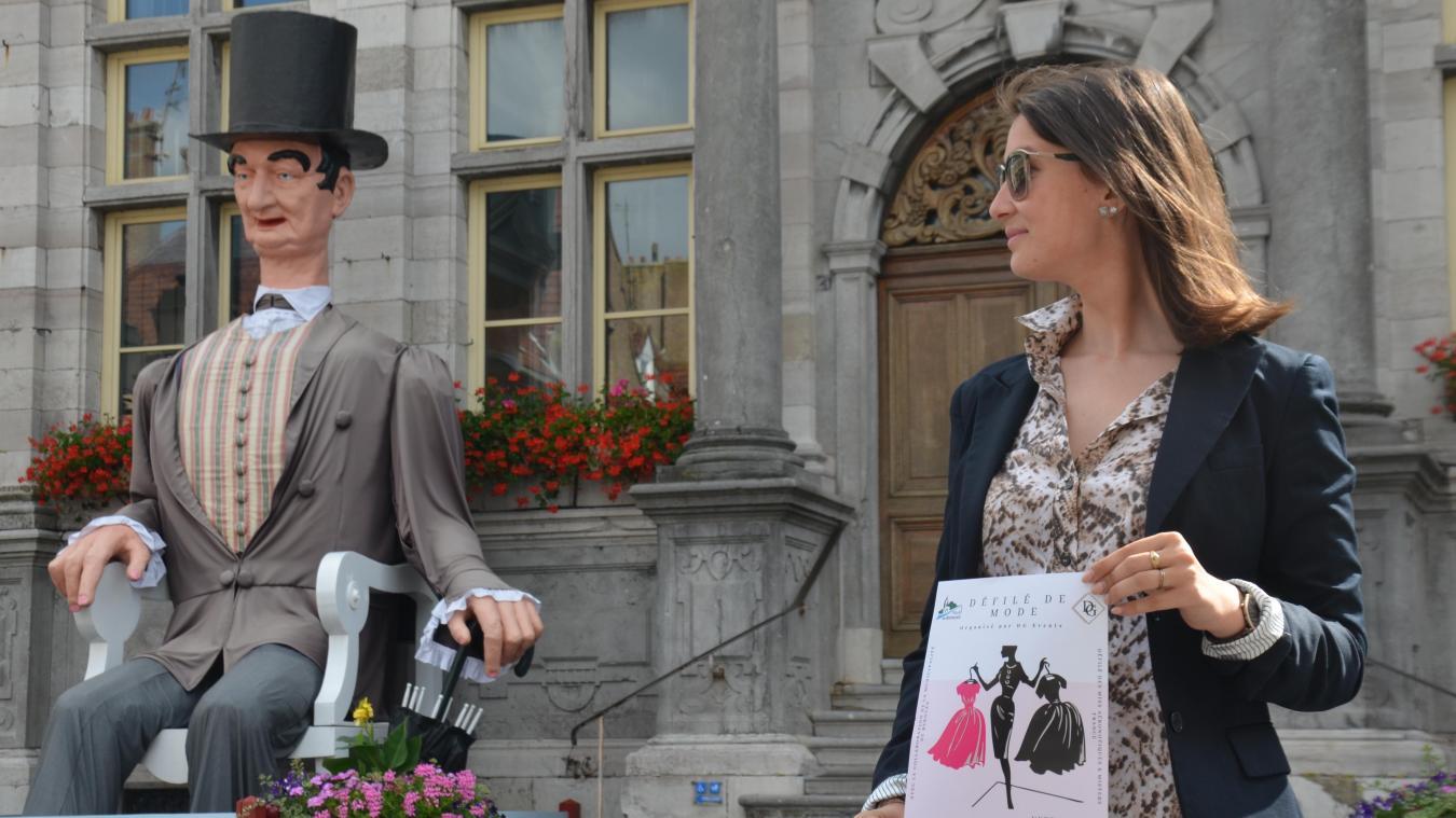 C'est devant la mairie de Bergues que va se tenir le défilé organisé par Gwendoline.