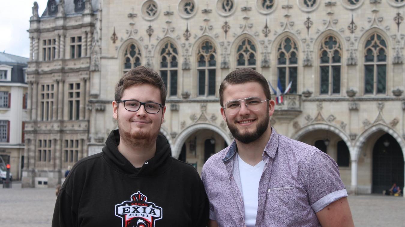 Maxime Hollebecq (à gauche) et Remy Van Camp sont deux cofondateurs (sur trois) d'Iteach.