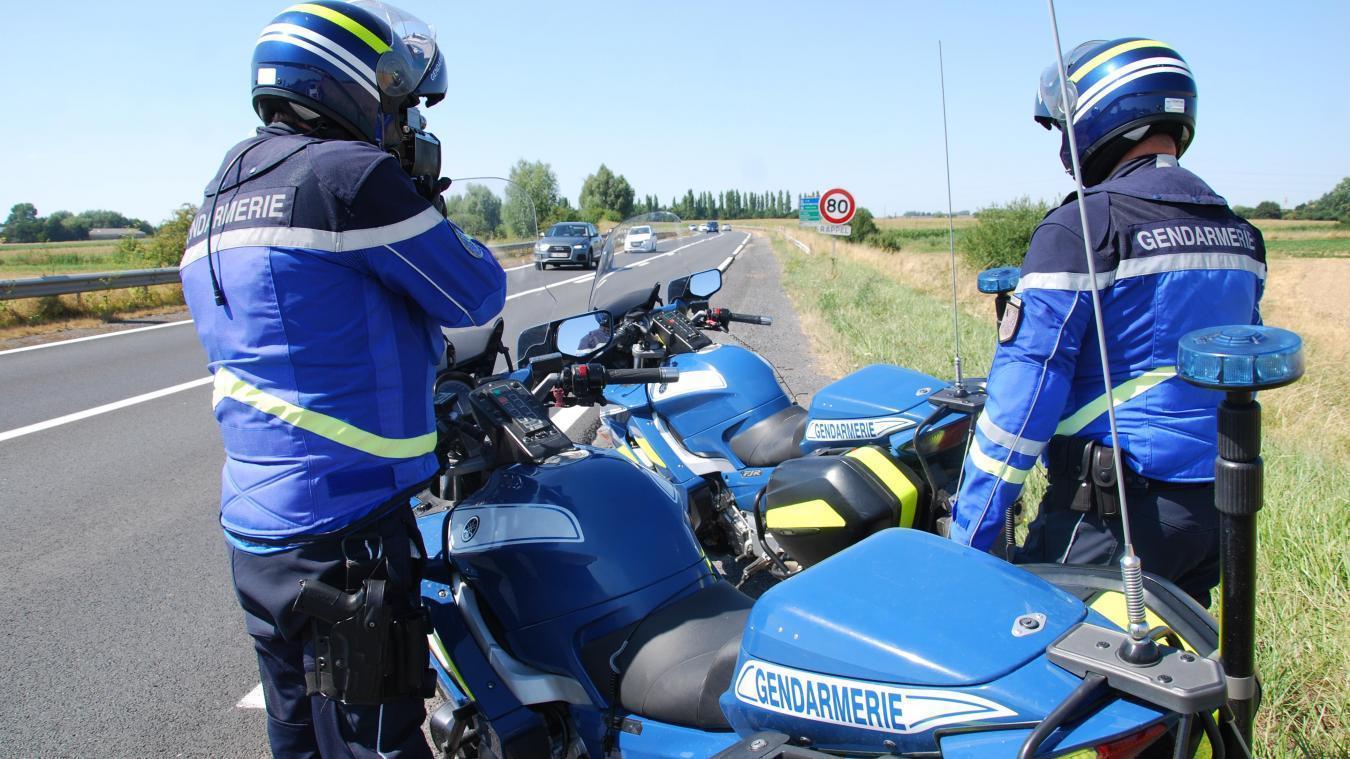 Un automobiliste contrôlé à 123 km/h sur une route limitée à 80  : sanction immédiate.