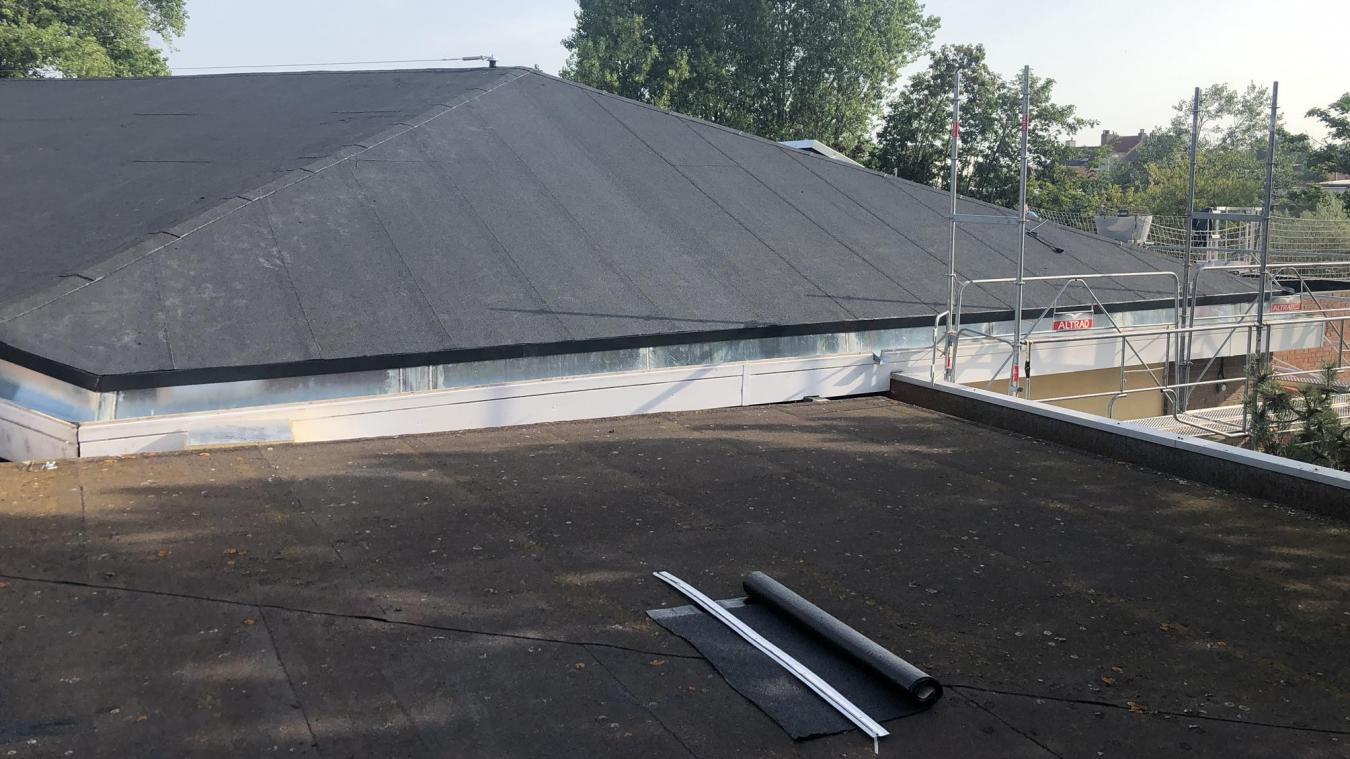 Les travaux en cours concernent deux portions du toit du collège bray-dunois.