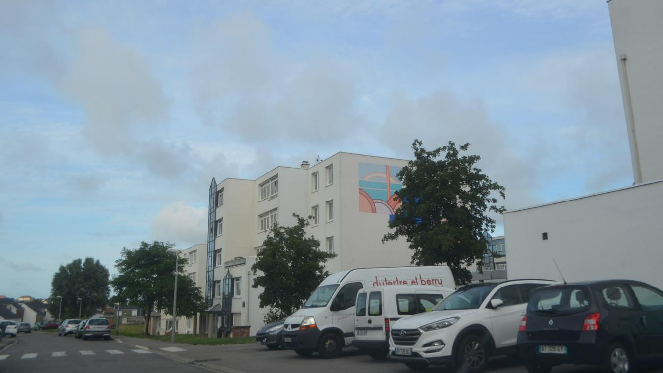 Le jeune homme est tombé du quatrième étage de l'un des immeubles de la rue Georges-Braque à Outreau.