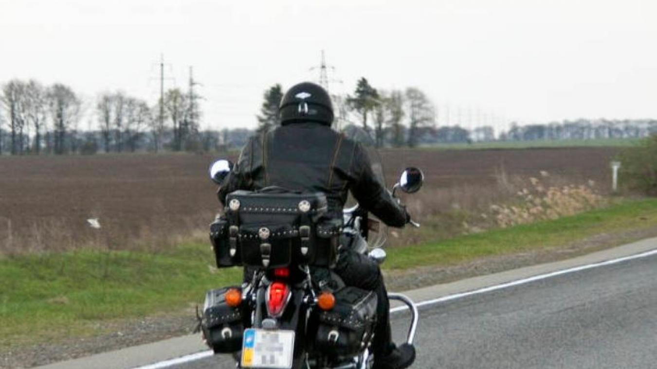 Au départ de Bourlon, en moto, sur les circuits de la mémoire