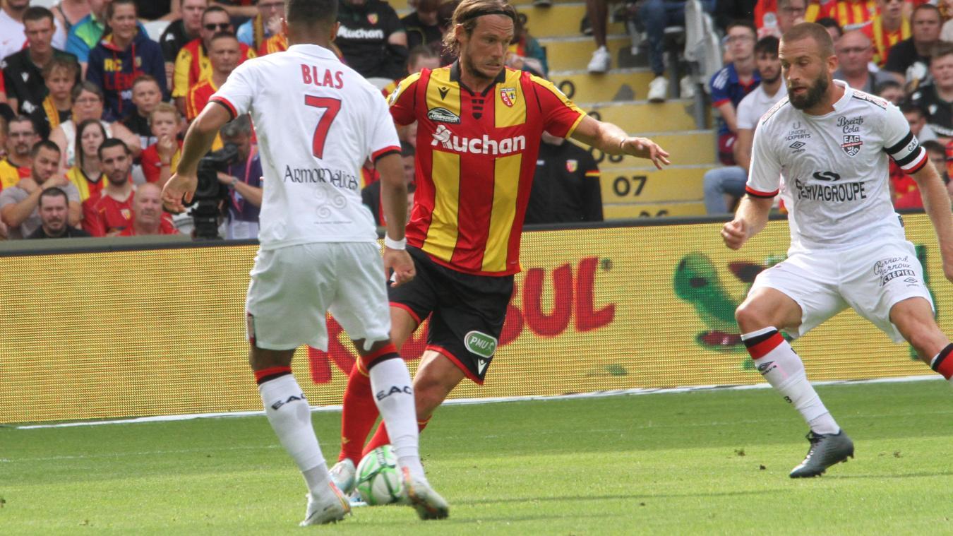 Le RC Lens concède sa première défaite de la saison. (Photo : Votre Info)