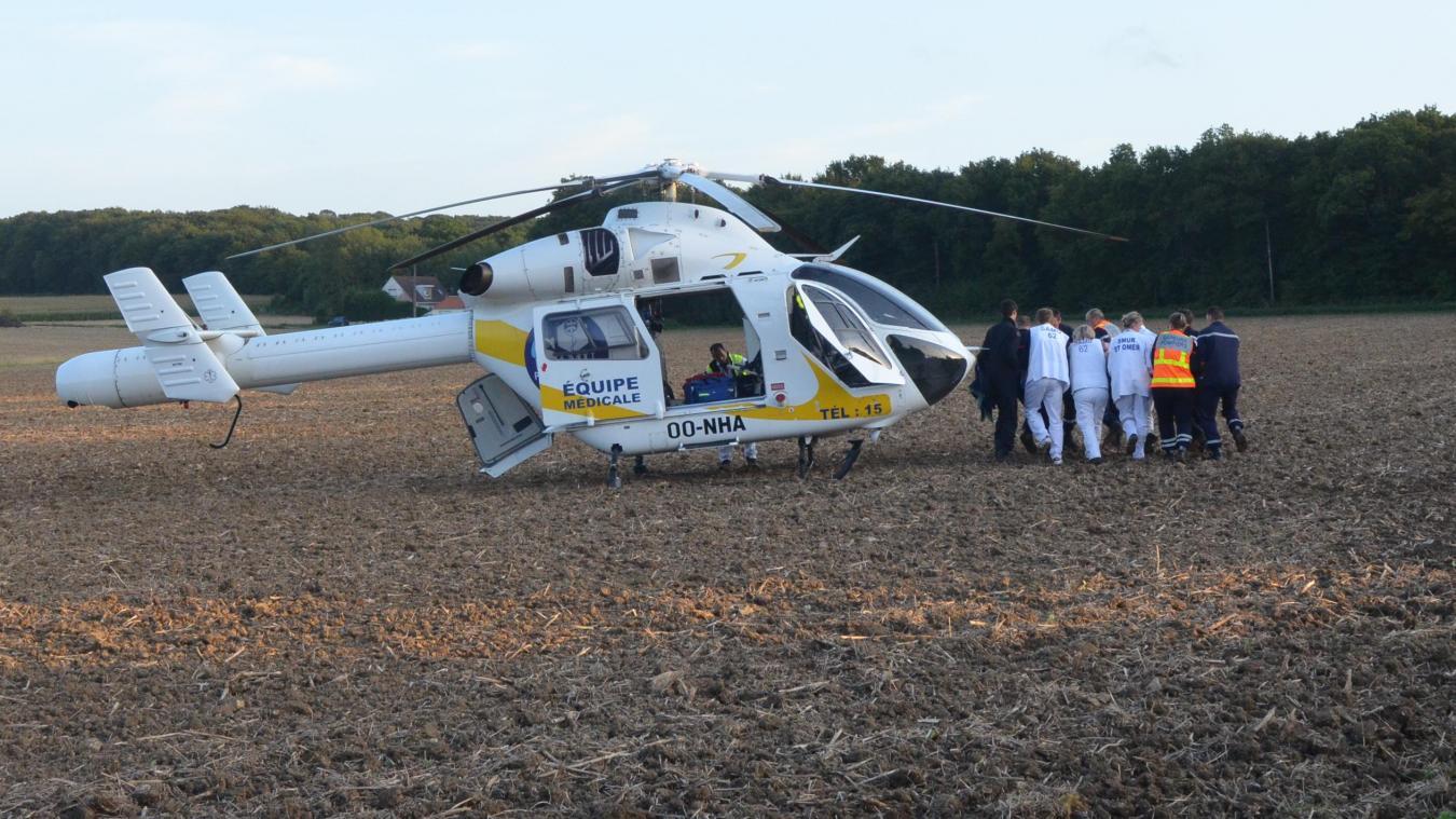 L'agent grièvement blessé a été héliporté eu centre hospitalier d'Helfaut. Son état était critique.