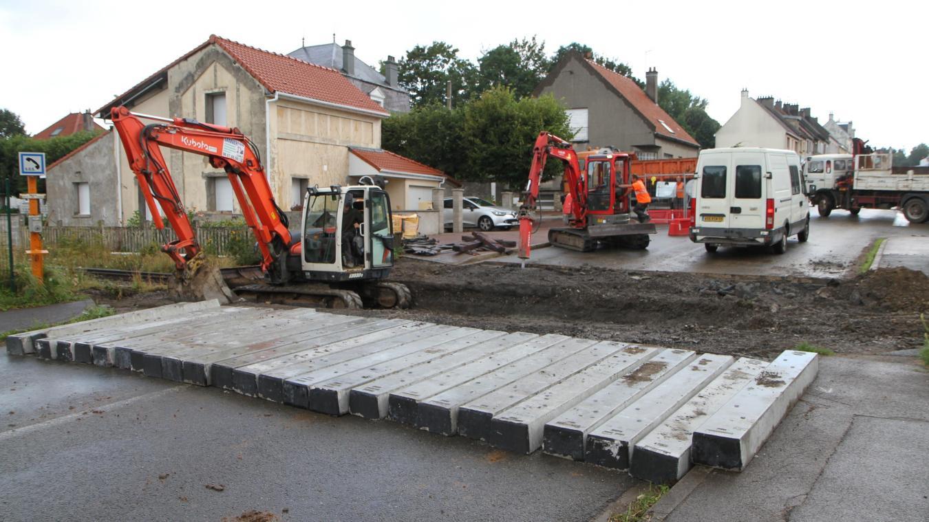 Samer : travaux au niveau du passage à niveau