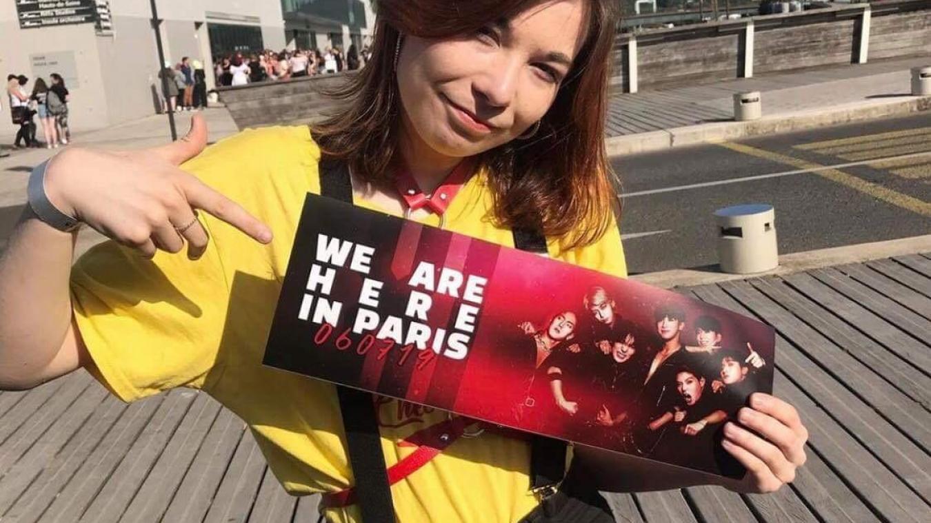 Emma a assisté au concert du groupe de K-pop Monsta X à Paris.