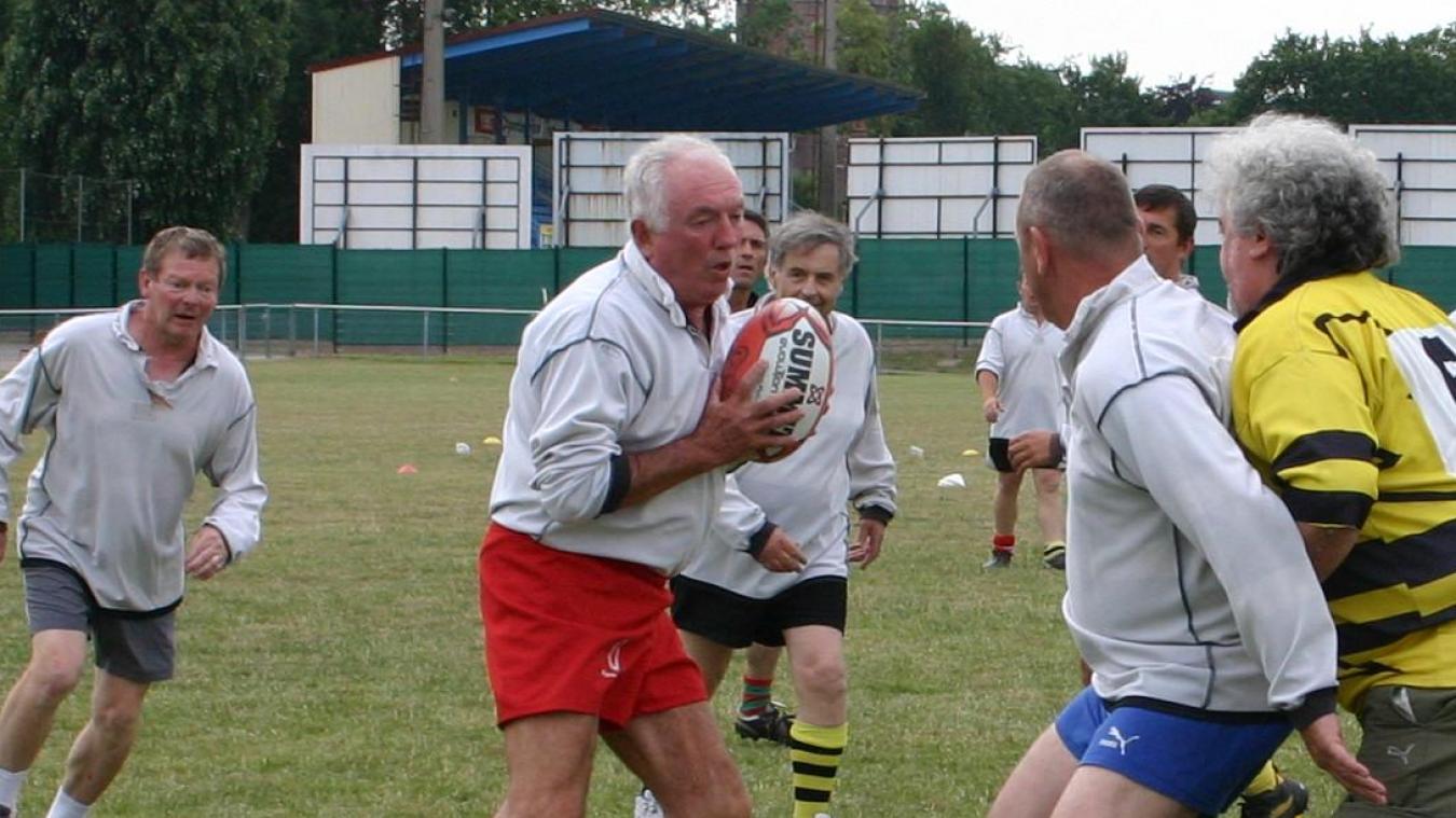Lucien Basse-Cathalinat a retrouvé l'équipe des anciens du RCFI pour les 40 ans du club en 2010.