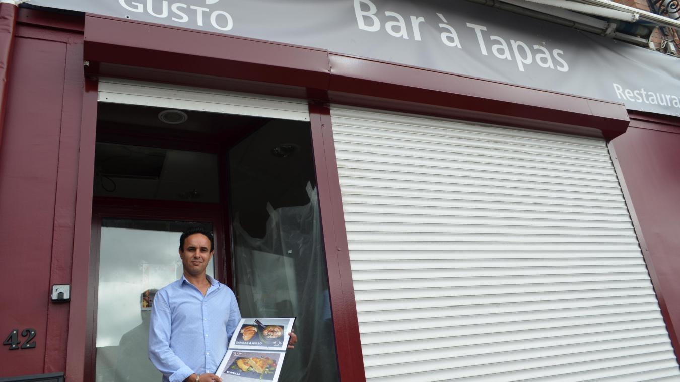 Après avoir vécu huit ans en Espagne, et travaillé dans plusieurs restaurants en Flandre, Abdel Mounim Arsa ouvre son premier établissement.