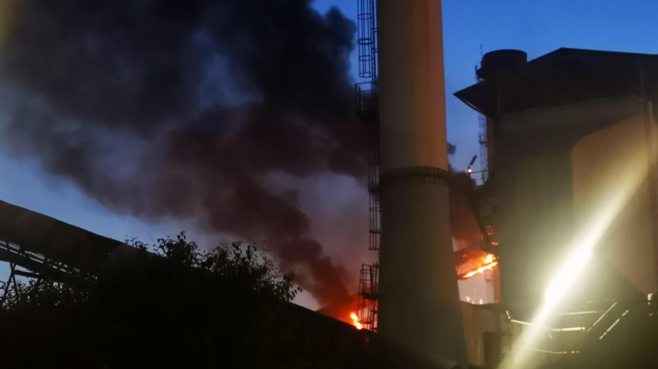 Incendie en cours à la sucrerie de Lillers (actualisé)