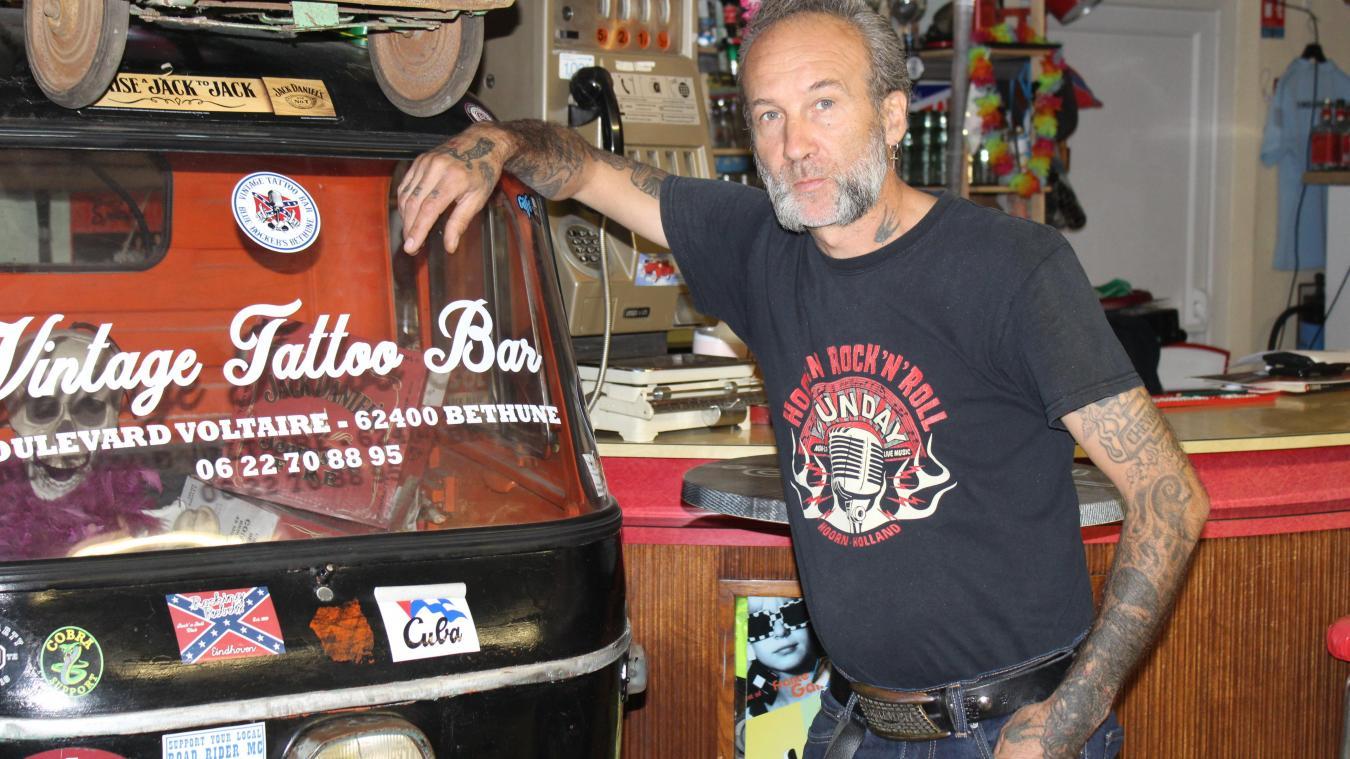 Le Vintage Tattoo Bar de Yann Debove attire des rockers du monde entier.