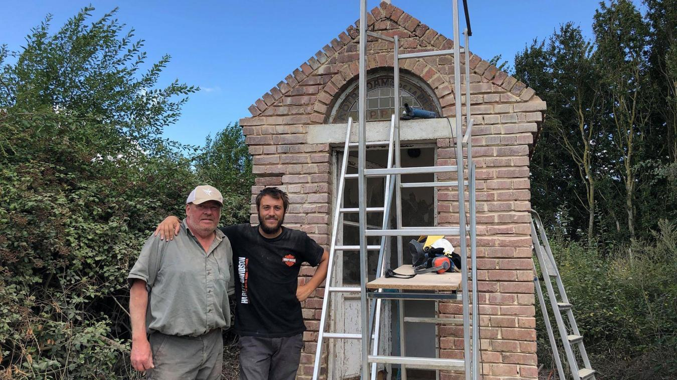 Deux passionnés de patrimoine ont retapé la chapelle cet été.