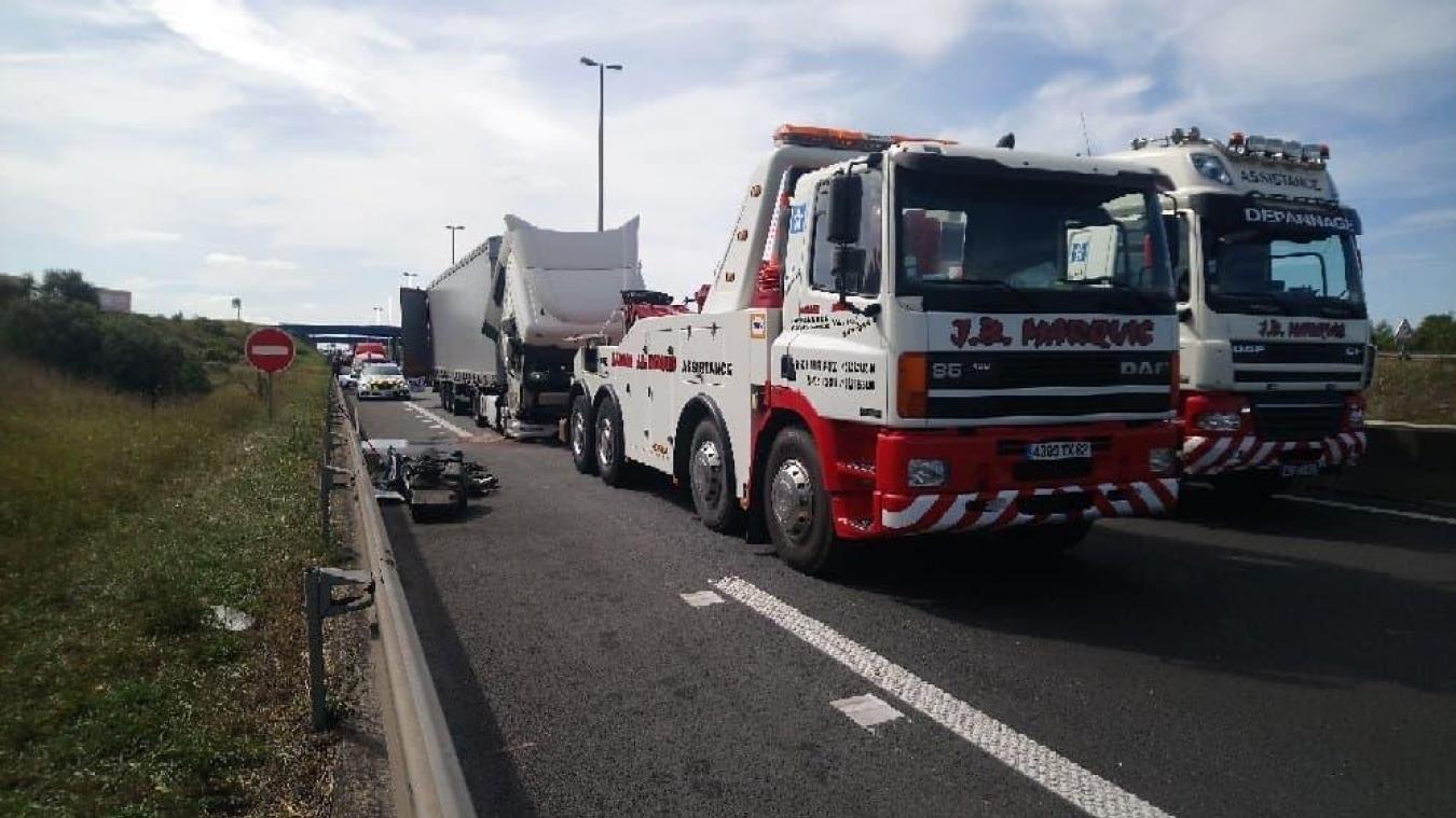 Un transport de produits chimiques impliqué dans un accident sur l'A16