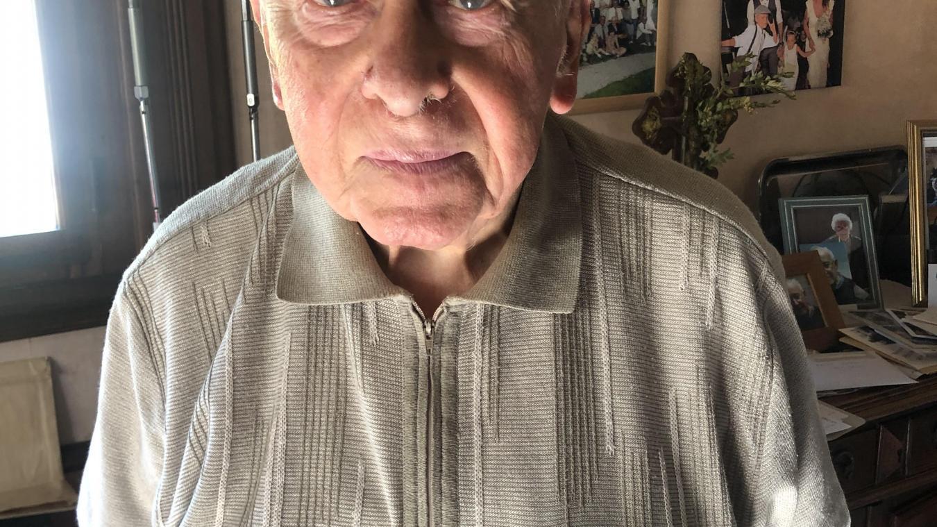 Noël Delcroix habite toujours la commune qu'il a vue se faire libérer le 1er septembre 1944.