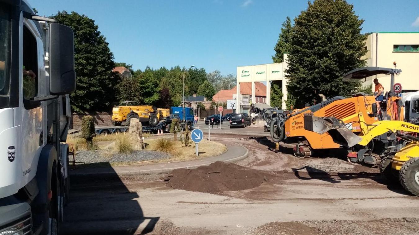 Un gros chantier a été réalisé rue Casimir-Beugnet pour permettre aux poids-lourds de circuler plus facilement.