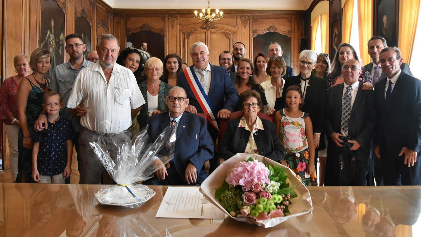 Auguste et Huguette ont renouvelé leurs vœux après 60 ans de mariage. De jolies noces de diamant.