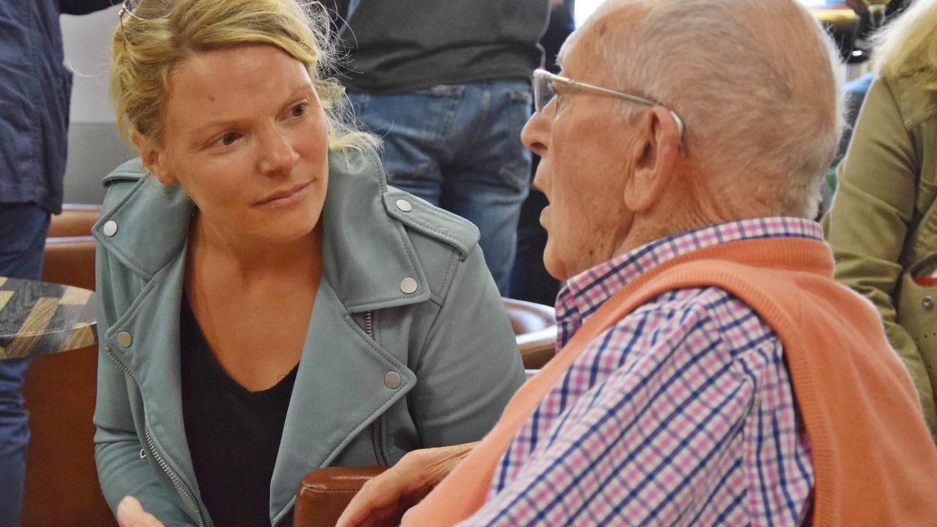 Nathalie Cotrel-Guilluy, cheville ouvrière du collectif, a abordé avec les Touquettois présents leurs préoccupations pour l'avenir.