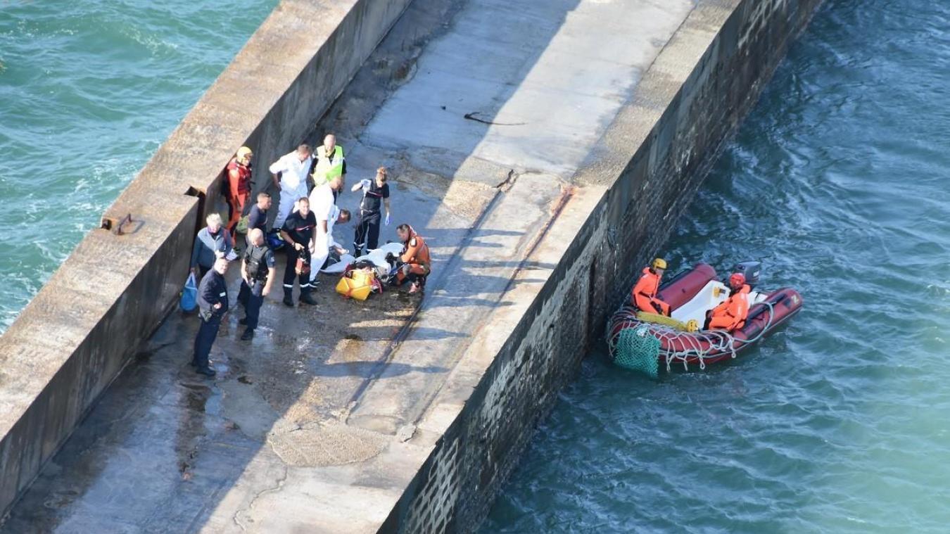 Deux kitesurfeurs ont dû être secourus à la digue Carnot, puis au large de Boulognne-sur-Mer, ce 1er novembre.