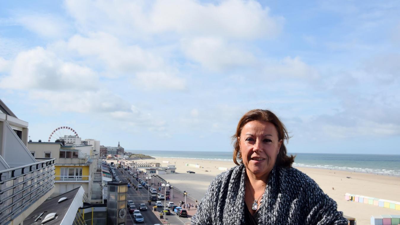 Depuis le balcon d'une des suites de l'hôtel Neptune, Laurence Vignon savoure la vue berckoise, ainsi que le résultat de la saison 2019, quasiment sans nuages.