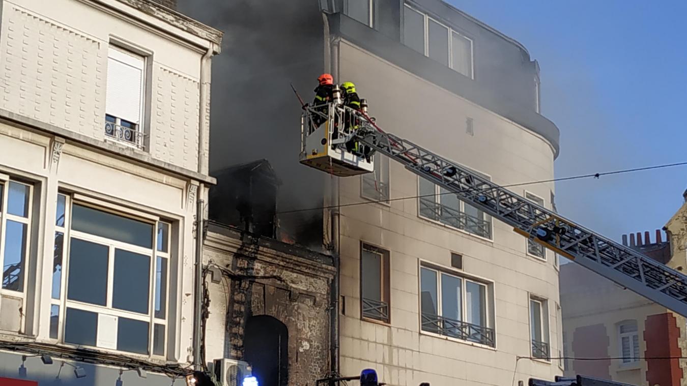 Lens: un incendie en cours rue Lanoy