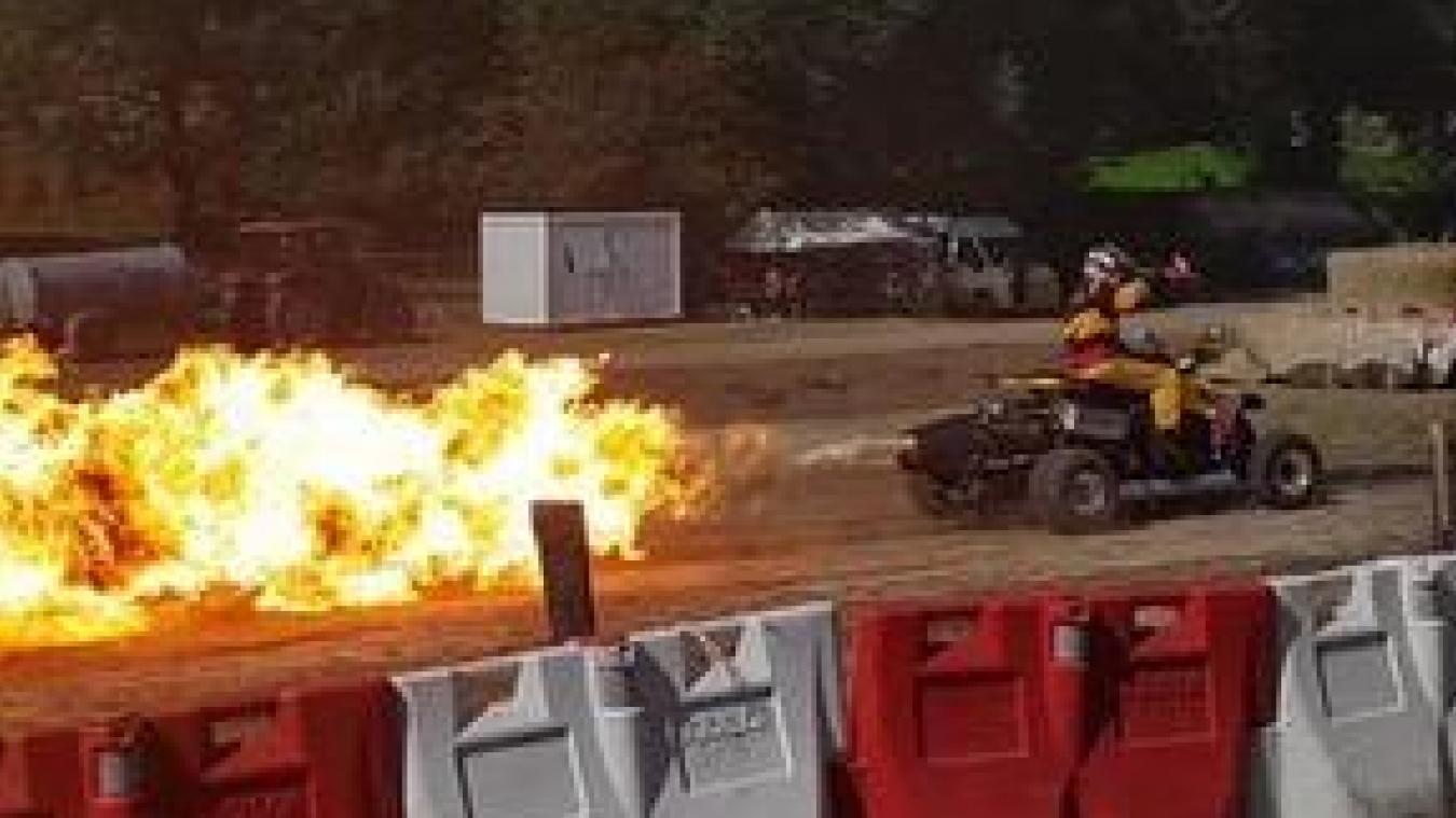Les amateurs de deux-roues en auront plein les yeux, avec le jet quad de Jean-François Boutonnet : un engin vrombissant et cracheur de feu !