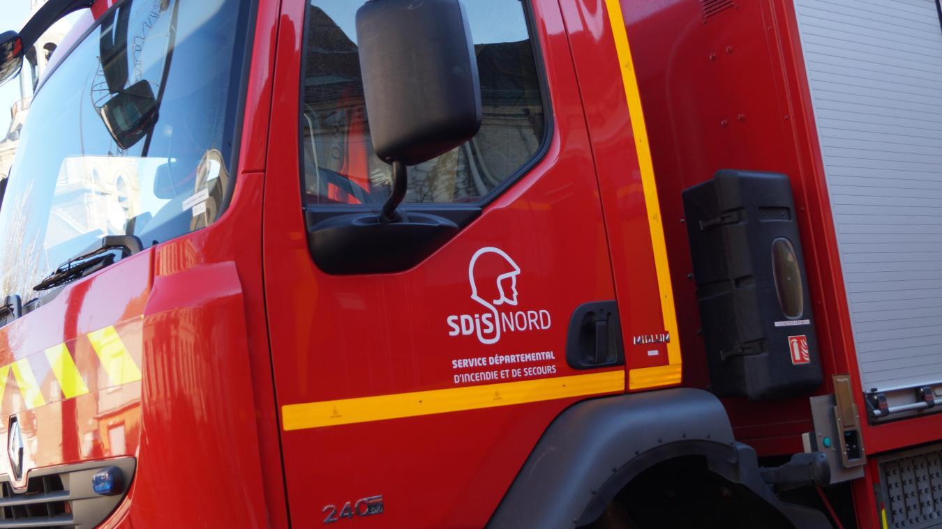 Treize pompiers ont été mobilisés à Steenwerck pour un incendie dans la nuit de mercredi 4 à jeudi 5 septembre.
