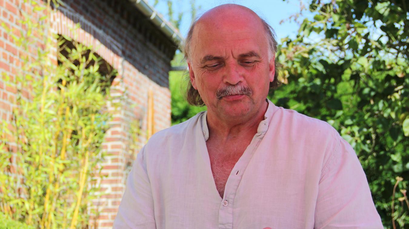 Jacques Kmieciak, auteur, militant politique, est un acteur de la mémoire de la Polonia.