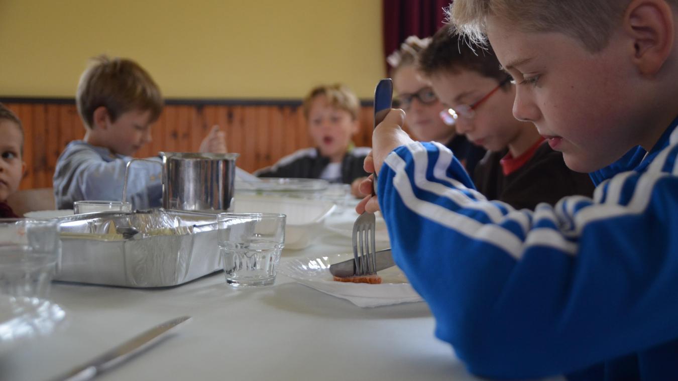 Une fois par semaine, l'école proposera un menu végétarien aux enfants mangeant à la cantine (photo d'illustration).