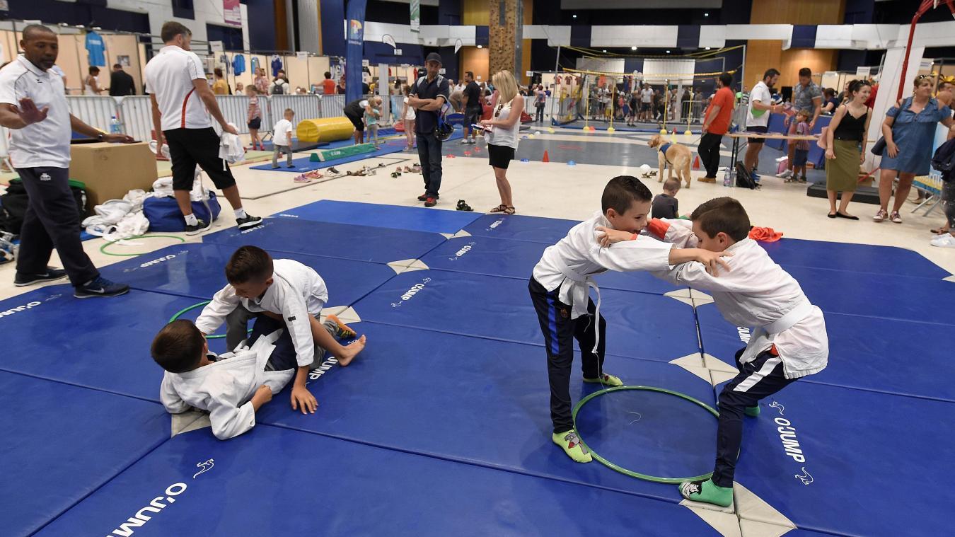 L'événement est l'occasion pour les petits comme les grands de s'initier aux nombreux sports proposés.