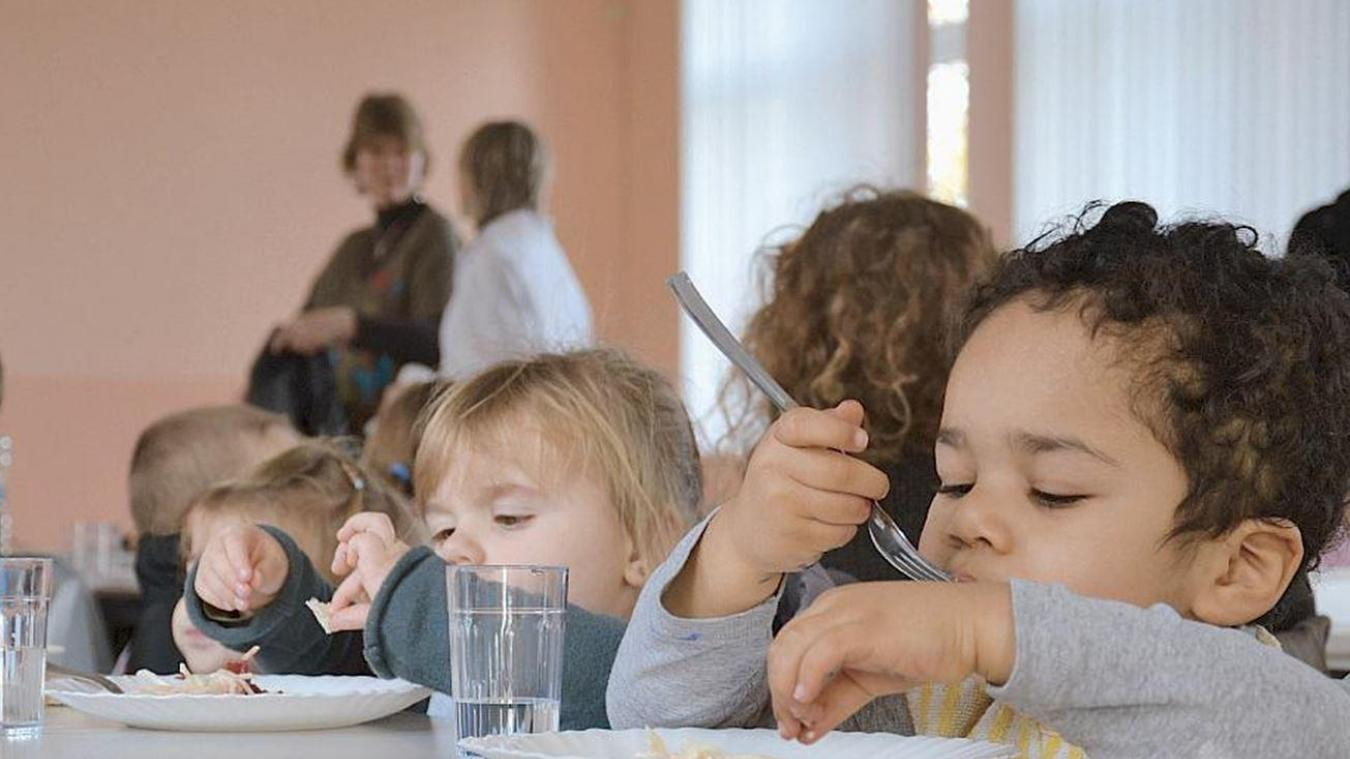 Seuls les enfants de l'école primaire pourront bénéficier de ce repas à 1 euro. Contrairement aux maternelles (photo) pour qui, ça reste à 3 euros.(photo d'illustration)
