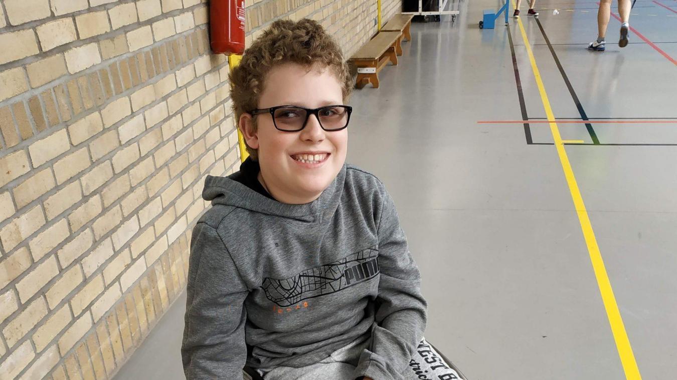 Tom Bourgeois a 11 ans, il est en 6 e  au collège Saint-Exupéry de Douvrin.