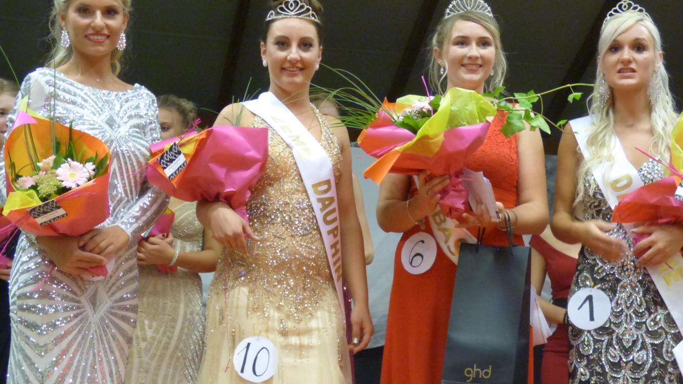 En 2018, Léa Desbuisson est repartie avec l'écharpe de Miss Bas Pays.