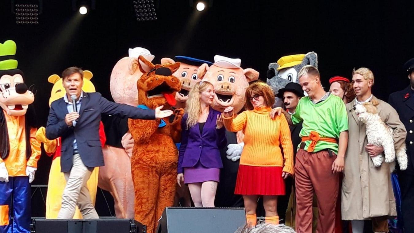 De nombreux personnages des dessins animés de légende sont venus à Coudekerque-Branche.