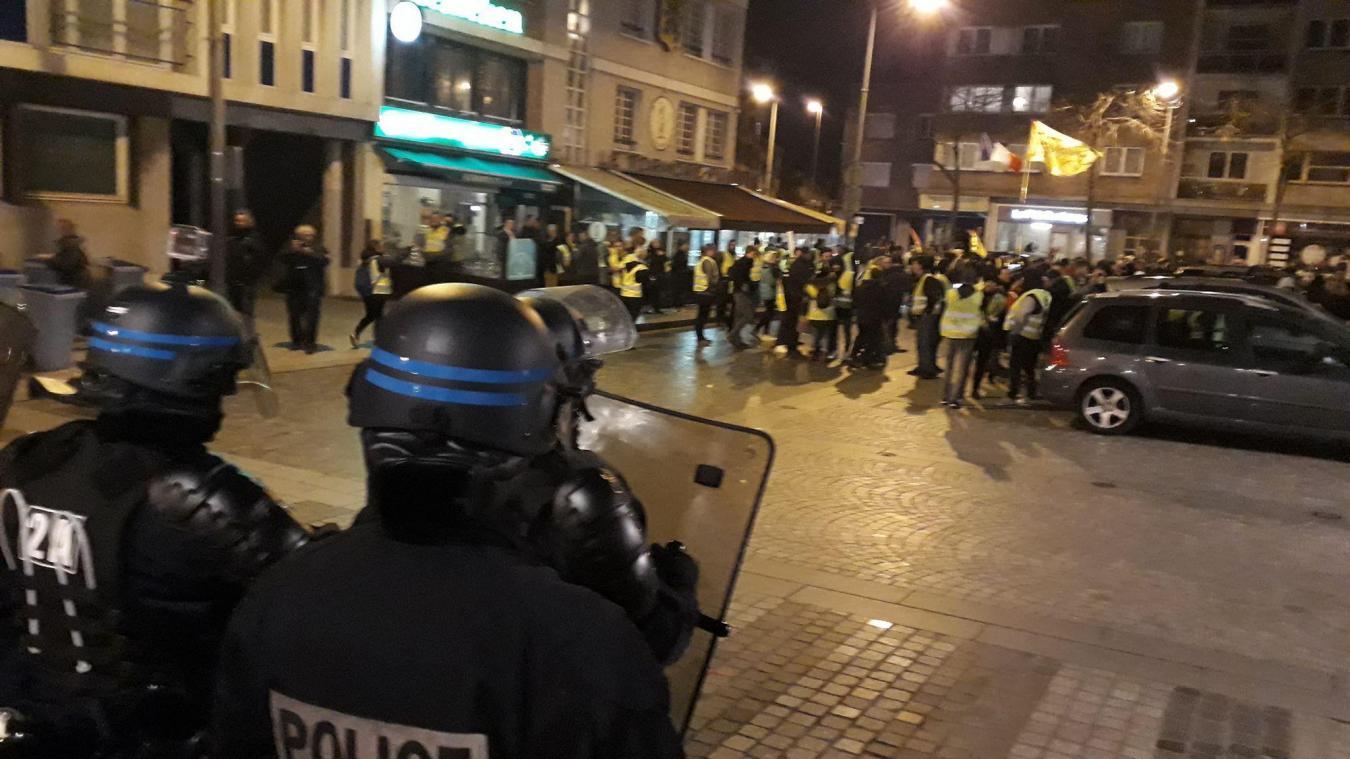 Durant le cortège des Gilets jaunes, en janvier dernier, les policiers ont tout de suite remarqué le comportement insurrectionnel du jeune homme.