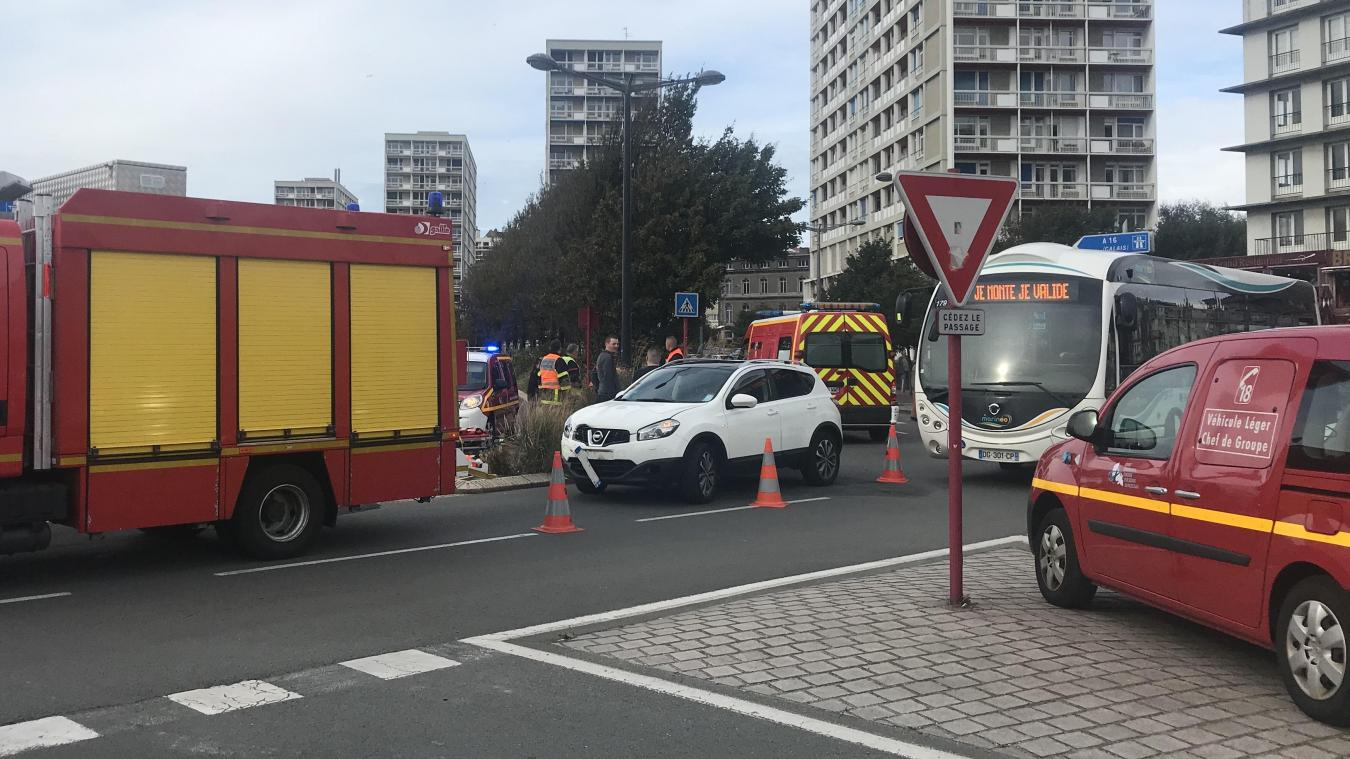 Les sapeurs-pompiers sont intervenusau carrefour du pont marguet, de la rue Faidherbe et de la départementale 940.