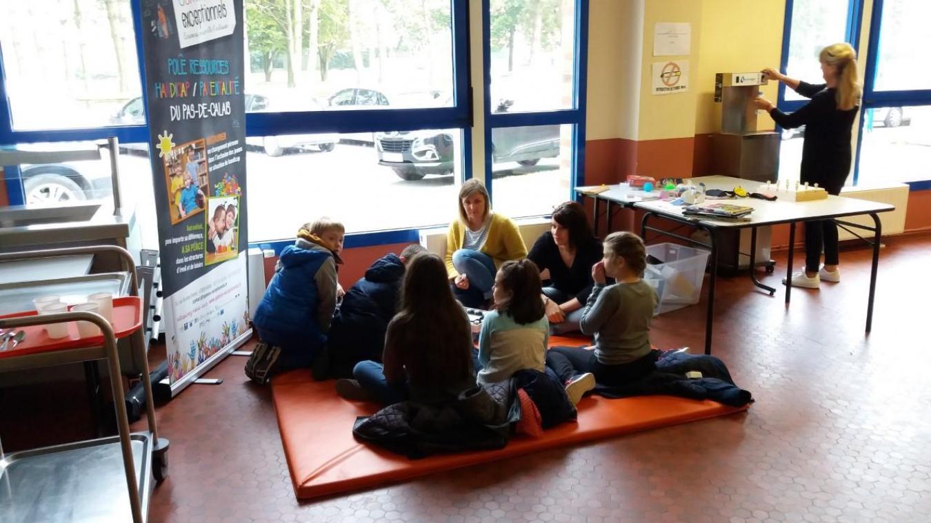 Tout au long de l'année, l'association organise des séances de sensibilisation au handicap.