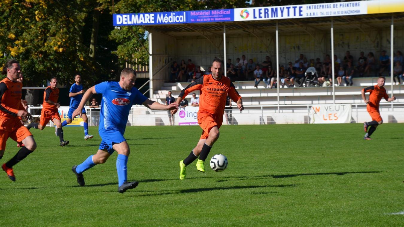 Les Bourecquois (en orange) n'ont pas démérité, mais se sont logiquement inclinés face à une équipe qui joue cinq divisions plus haut.